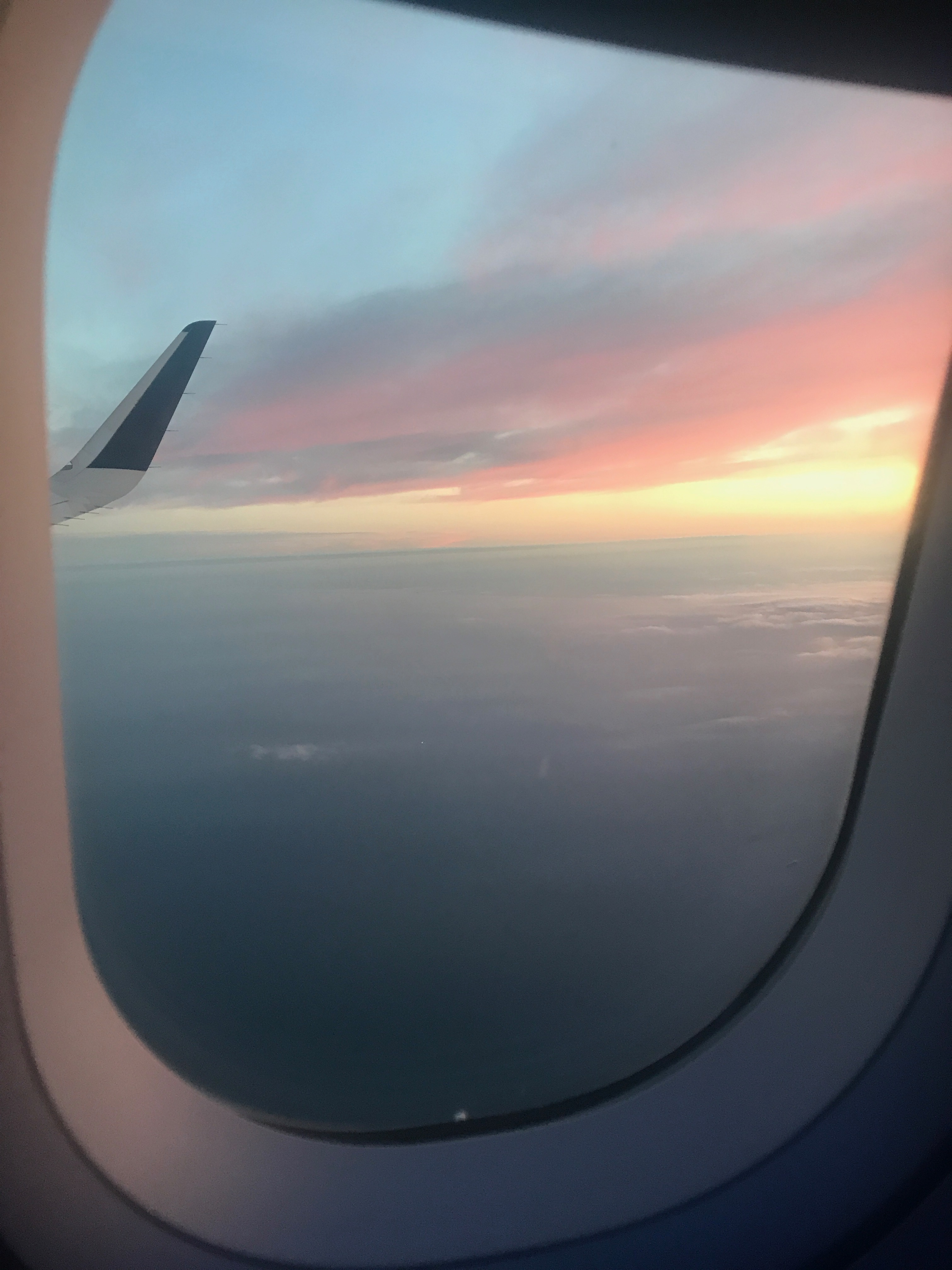 6 Reasons to Take 6AM Flights * Ginger on the Go